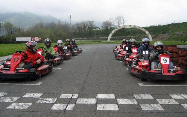 Circuito Olaberria : Karts de cc en olaberria por euros descuento