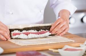 Taller de sushi en forma de Papa Noel