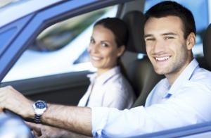 Carnet de coche: teoría + 3 clases prácticas