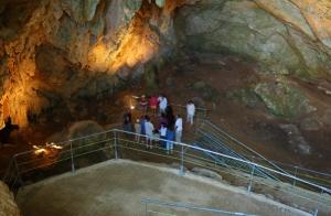 Descubre los secretos de las cuevas de Mendukilo