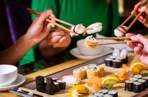 Taller de sushi + cata: nivel iniciación