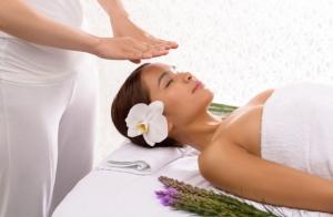 Tratamiento facial de vinoterapia con masaje y/o reflexoterapia podal